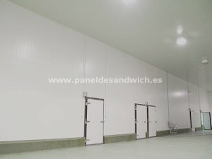 Panel Sandwich para Cámaras de Ultracongelación