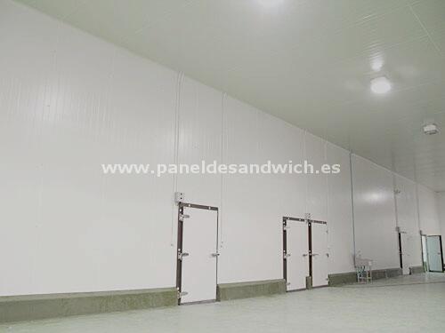 El máximo aislamiento térmico al mejor precio con Panel Sandwich para Cámaras de Ultracongelación
