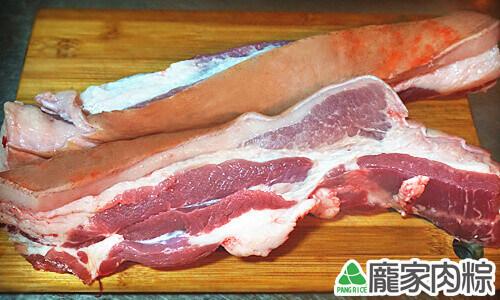 龐家肉粽包粽子的材料漂亮三層肉