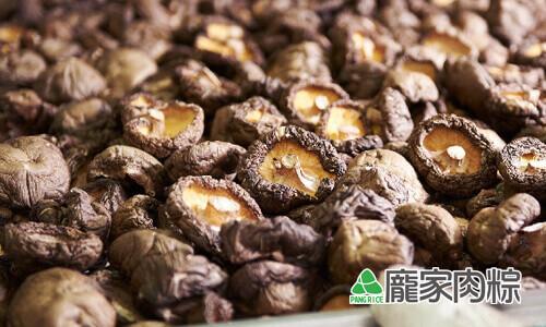 82-19烘乾的乾燥新社冬香菇