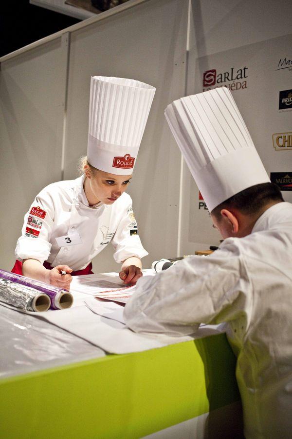 Sarlat_ du foie gras et des truffes, what else_ Longe de veau truffée comme un maki 3