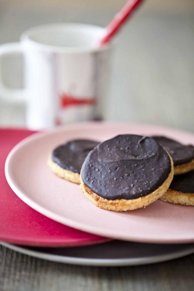Biscuits vanille chocolat très noir aux petits grains de sel 11