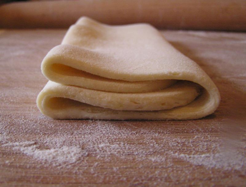 Pliage pâte feuilletée tour double