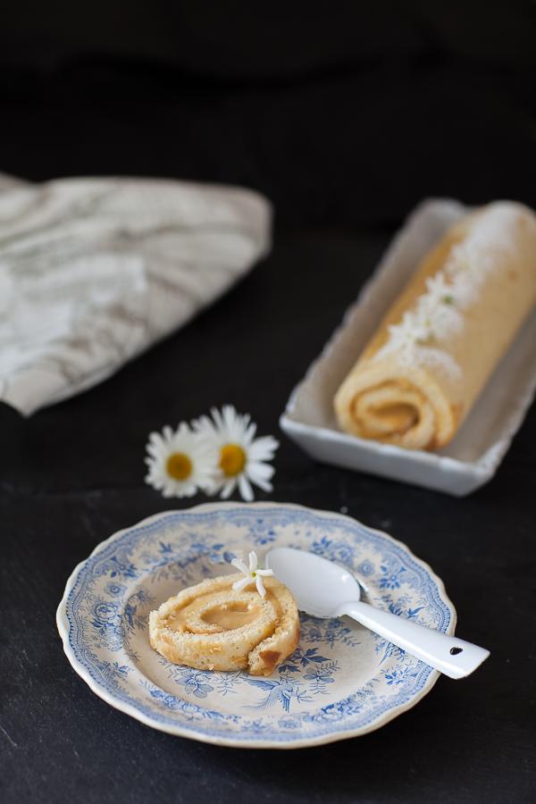 Gâteau roulé aux fruits exotiques©AnneDemayReverdy01
