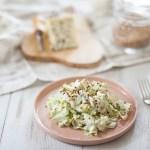 Salade blanche à la crème de Saint Agur et au sarrasin torréfié