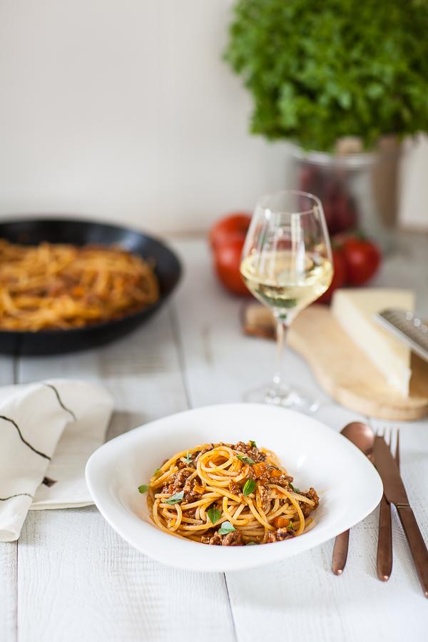 spaghetti-alla-bolognose-la-vraie-recetteannedemayreverdy01