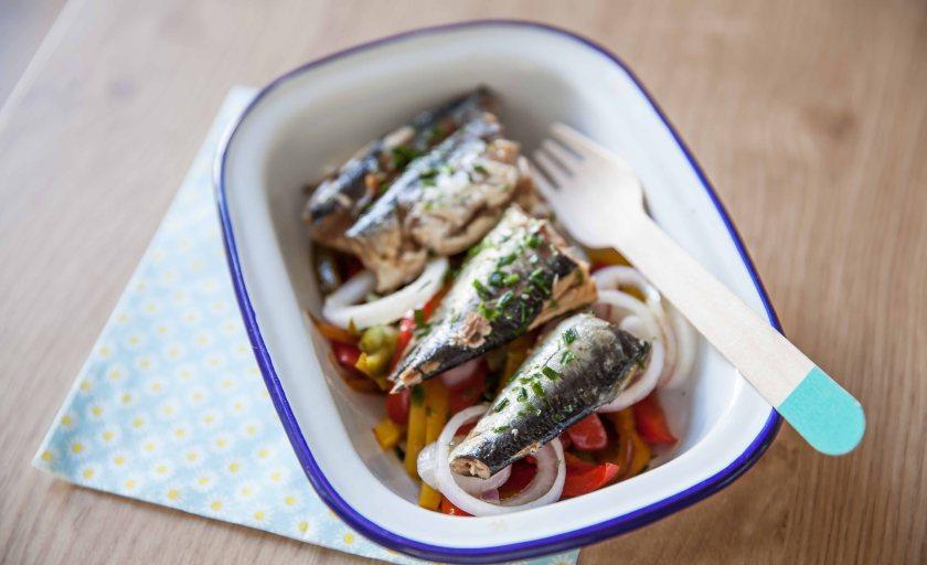 Sardines au naturel en salade de poivrons