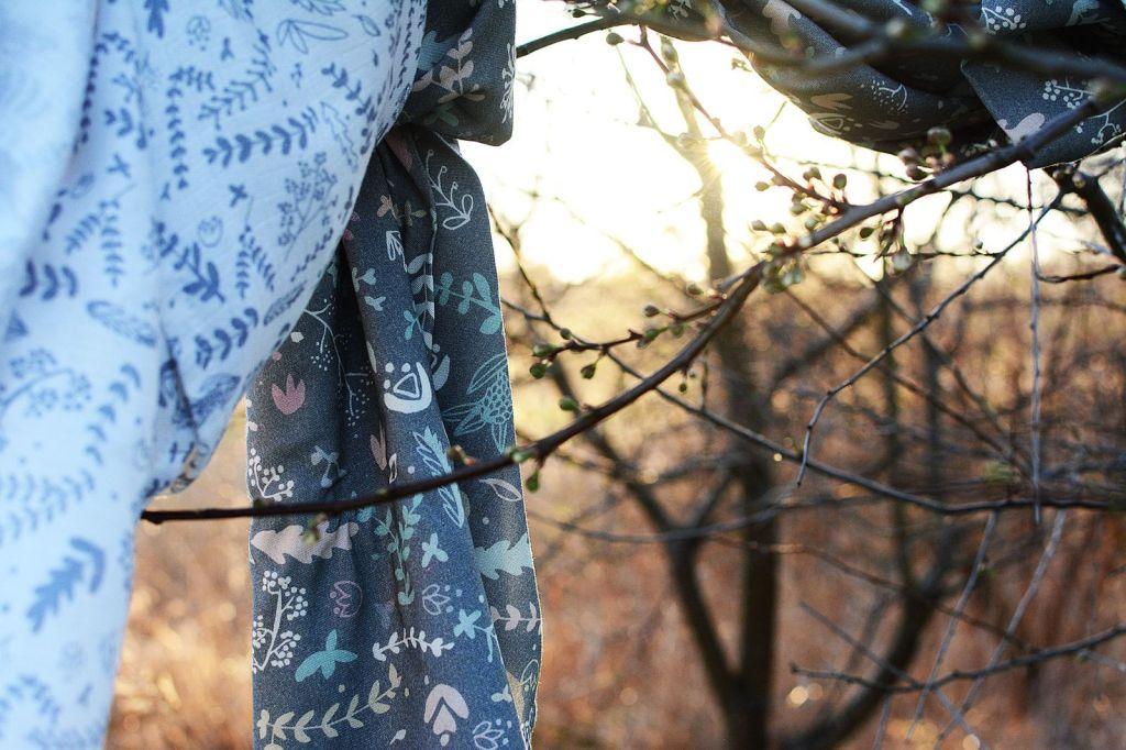 Bambusowa chusta - otulacz bambusowy - 120x120 cm – Botanic Grey - PINK NO MORE