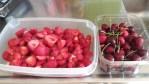 Jordgubbar och bigarråer! Bästa godiset!