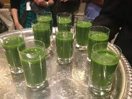 GREEN APPLE AND SPINACH SHOOTER Recipe