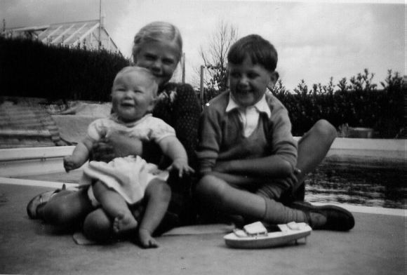 Jan, Chris, David August 1950