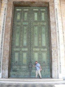 Huge_Door