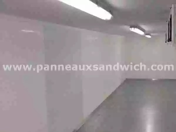 Haute isolation thermique avec les panneaux pour chambre for Panneau isolant chambre froide