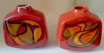 pair_square_poole_pottery_2