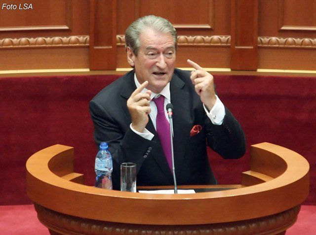 Ish kryeministri Berisha