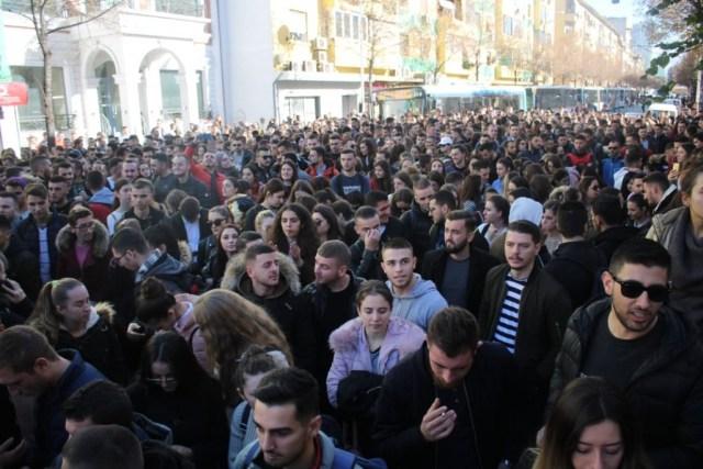 protesta-studentet-ministria3