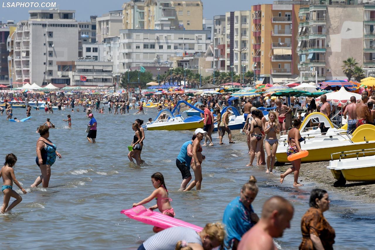 Durres-plazh (3)