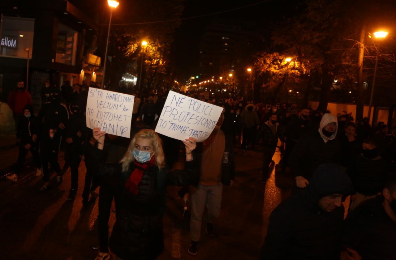 Protesta-Dhuna-Klodian-Rasha-gaz-lotsjelles-tym-policia-sulmi-shkaterrimi (13)