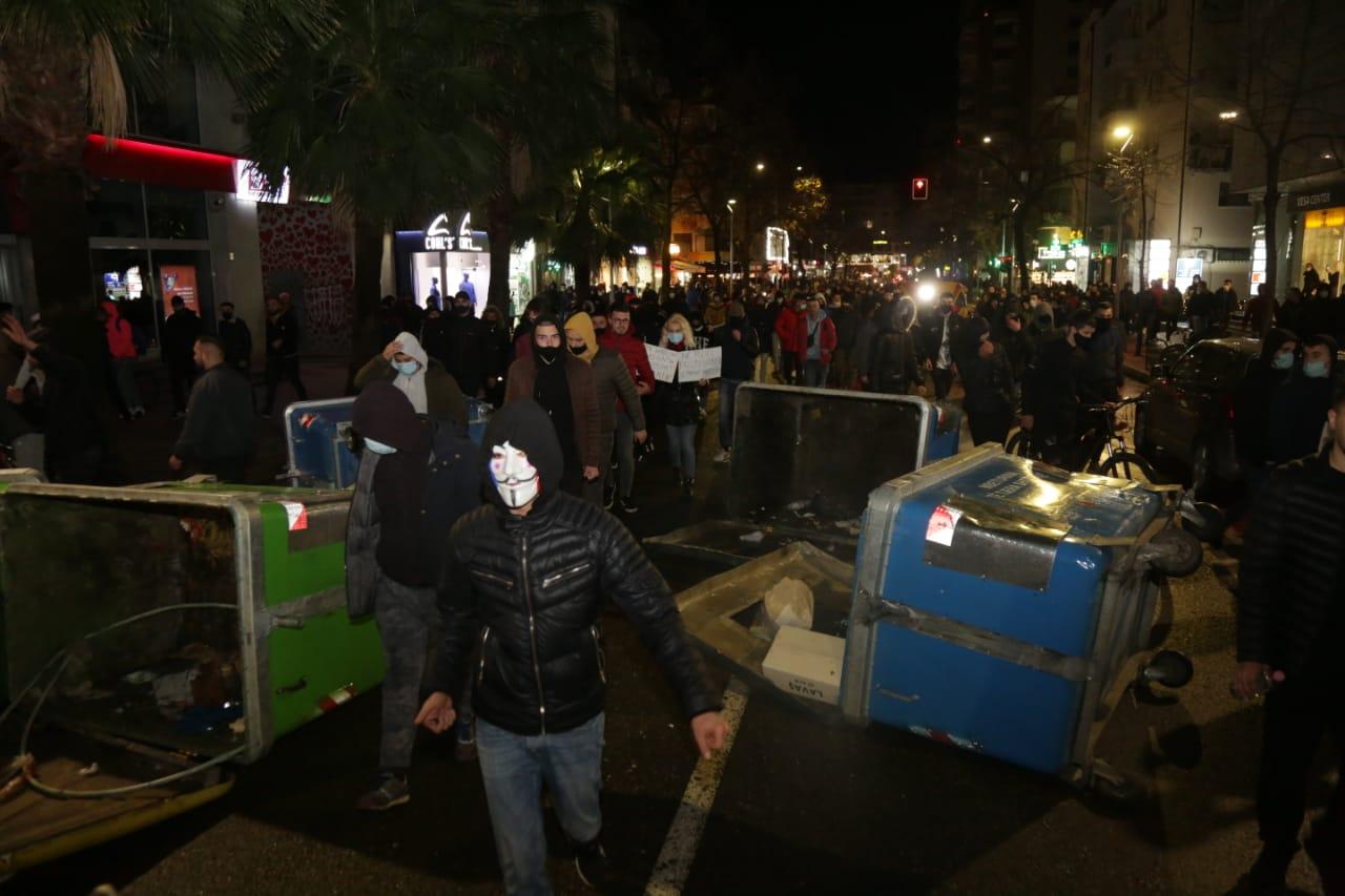 Protesta-Dhuna-Klodian-Rasha-gaz-lotsjelles-tym-policia-sulmi-shkaterrimi (19)