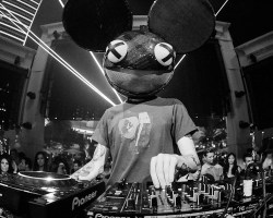 Deadmau5 en modo analogico