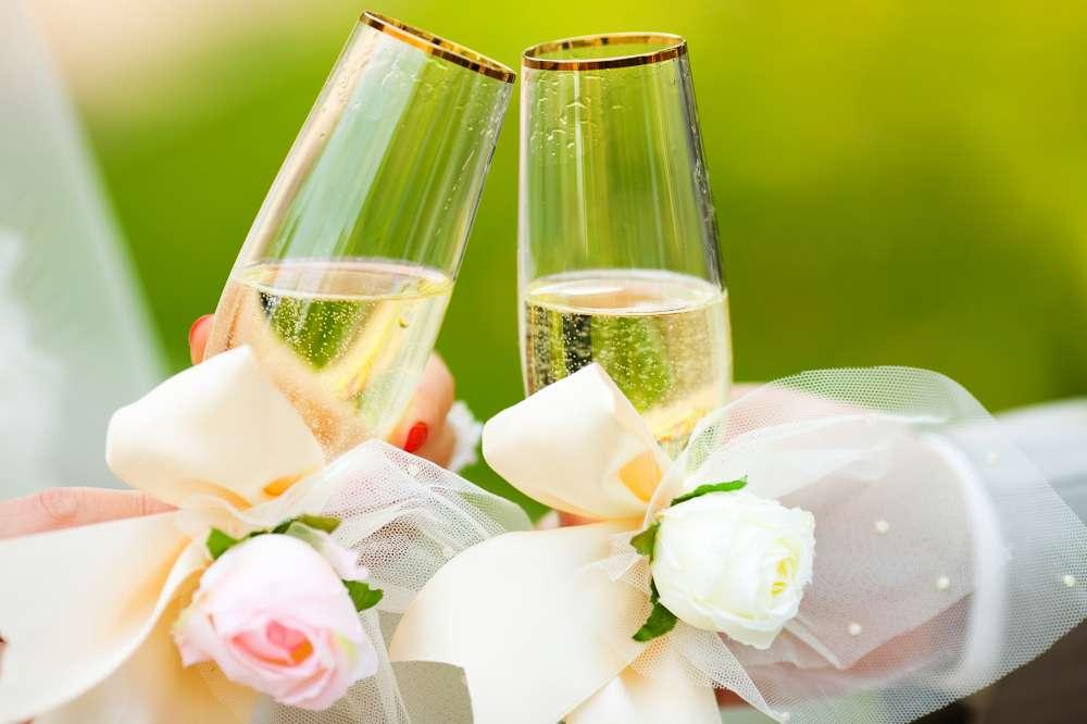 Matrimonio Spiaggia Pesaro : Pesaro un matrimonio in hotel con vista sul mare