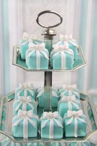 Tiffany mini cakes