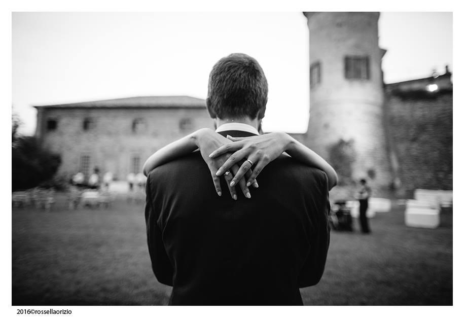 Matrimonio Lorenzo e Vittoria il bacio degli sposi