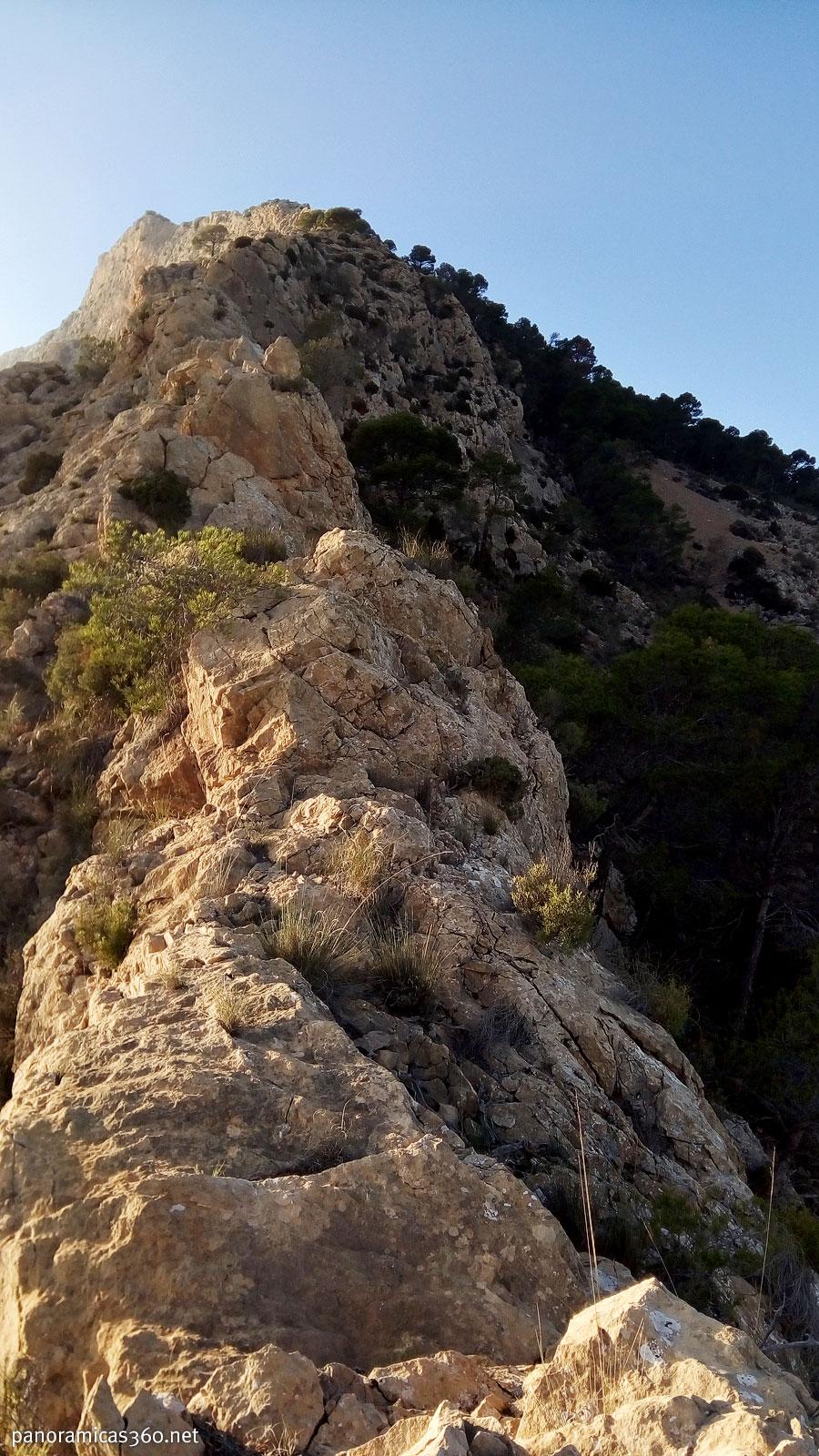Cresta este del Maigmó o del Cantal del Pixador