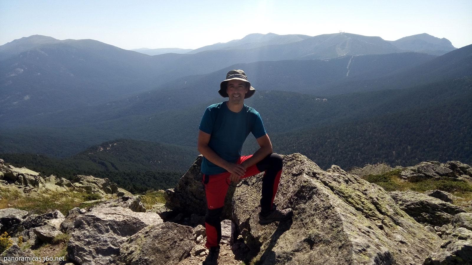 Cumbre del pico Montón de Trigo