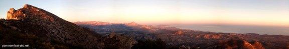 Atardecer desde la sierra del Cabeçó d´Or. Vistas de la cumbre y Marina Baja