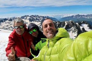 Romero, Manu y yo en la cumbre del Balaitús
