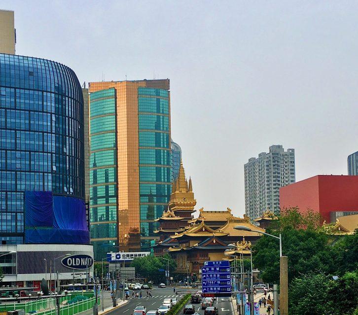 vivre à shanghai, jing an temple, shanghai, temple