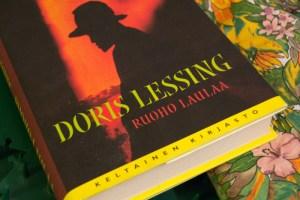 Lessing_Ruoho_laulaa