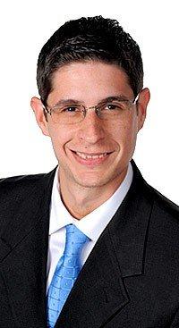 Frank Lacourt Lopez   Associate