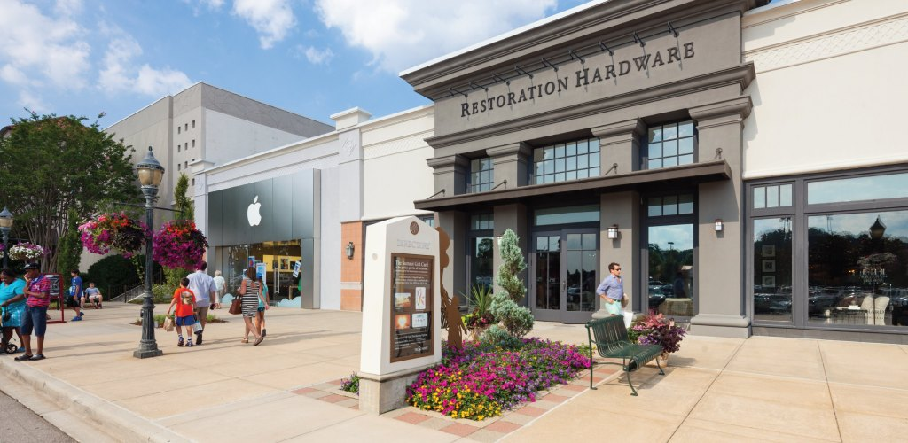 restoration hardware exterior store front