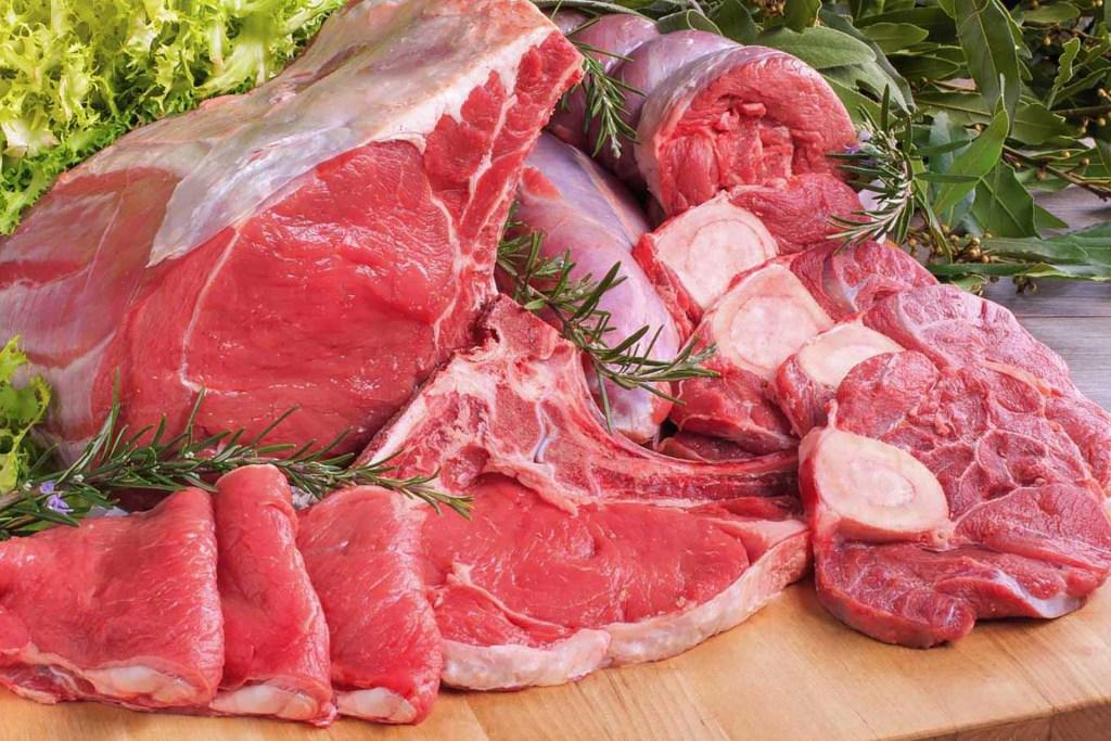 Pochi pro e troppi contro per la carne.