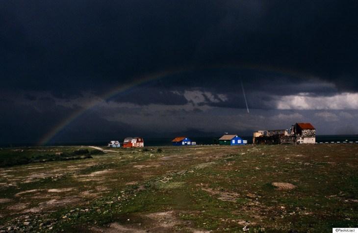 arcobaleno e grandine in armenia