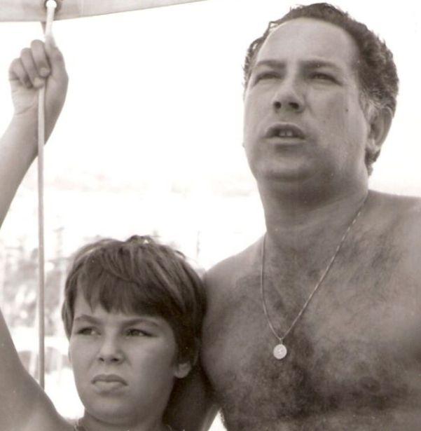 Marco Buticchi bambino con il padre.