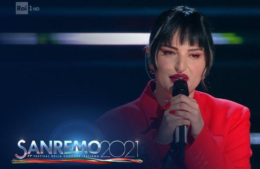 IL FATTO QUOTIDIANO – Sanremo: Arisa la nostra migliore cantante; Fasma, come sbagliare tutto