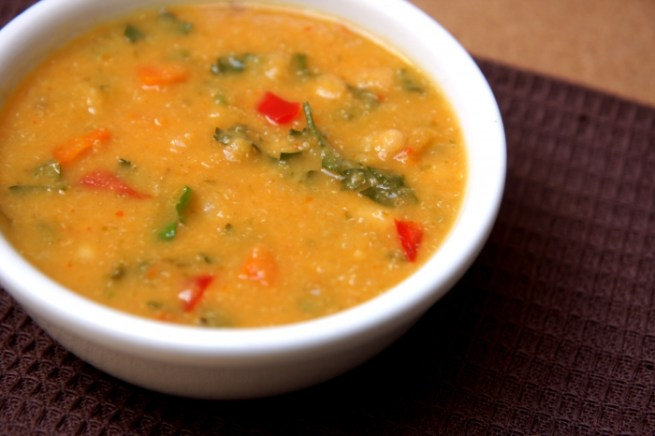 sopa de feijão branco e amaranto
