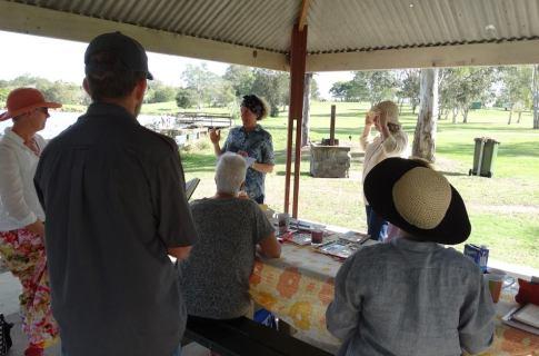 Nature journaling workshop at Minnippi Parklands. Photo by Gen Robey.