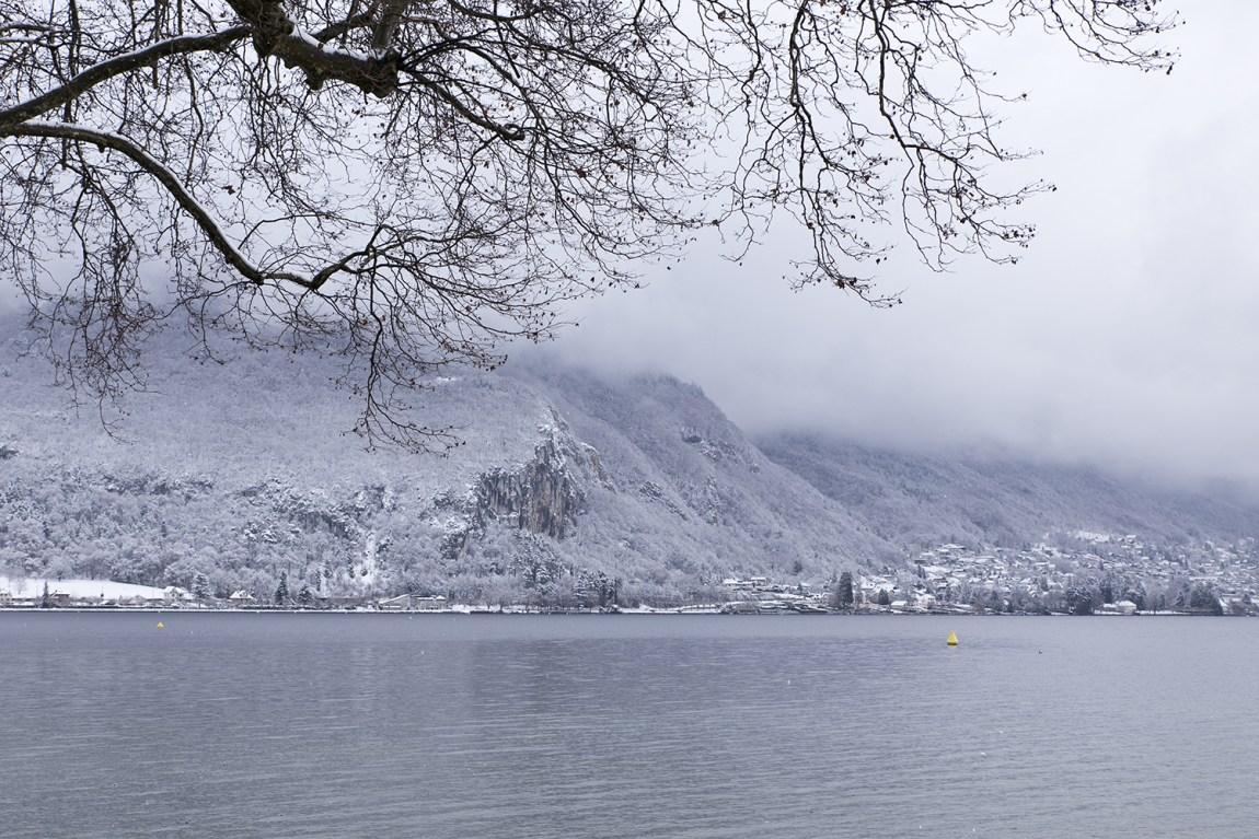 La neige à Annecy - www.paperboat.fr