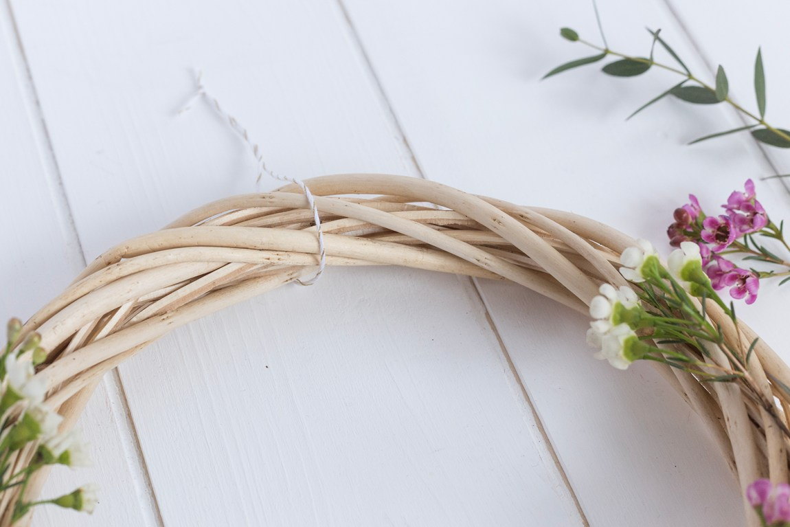 DIY Couronne fleurie - www.paperboat.fr