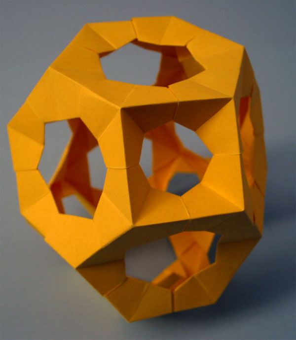 basic concepts of polyhedron This flexibility of the concept proves an important point --- polyhedra and  symmetry have shown an enormous potential for revival one explanation for this  is the.