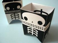 Skeletron papercraft robot