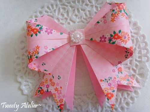 Origami Bow Tutorial via @paper_kawaii