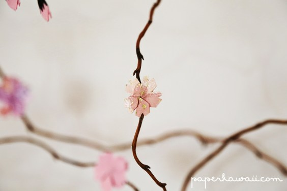 How to make a DIY origami cherry blossom tree with willow branches