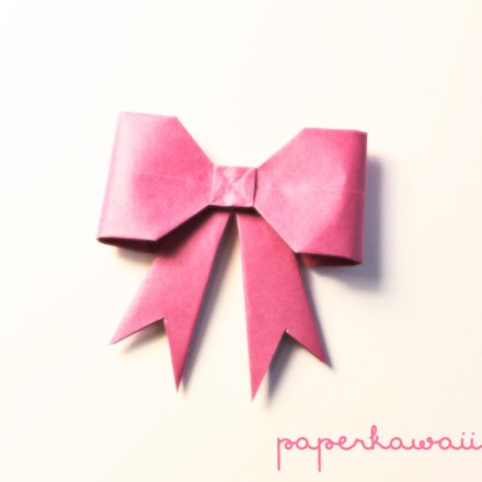 Easy Origami Bow Tutorial via @paper_kawaii