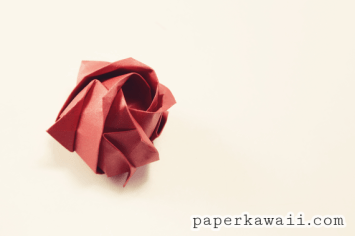 Origami Kawasaki Rose Video Tutorial - Learn how to make an origami kawasaki rose designed by Toshikazu Kawasaki. This is the full pre crease and assembly. - 💛 - #origami #kawasaki #rose #origamirose #origamikawasaki #kawasakirose #papercraft #crafts #diy #flower #valentinesday