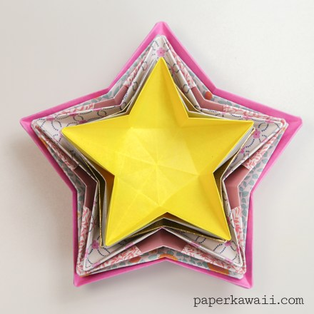 5 pointed origami star via @paper_kawaii